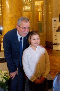 Bundespräsident und ein Mädchen