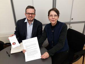 """dabei-austria und VIANOVA fordern: Menschen mit Behinderungen dürfen nicht als """"arbeitsunfähig"""" eingestuft werden."""