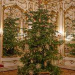 Festlicher Christbaum in der Präsidentschaftskanzlei